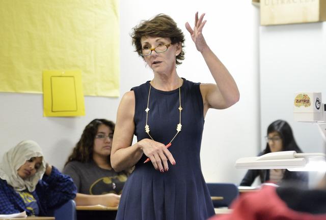 Tina Miller teaches Algebra II at Del Sol High School at 3100 E. Patrick Lane in Las Vegas on Monday, Nov. 24, 2014. (Bill Hughes/Las Vegas Review-Journal)