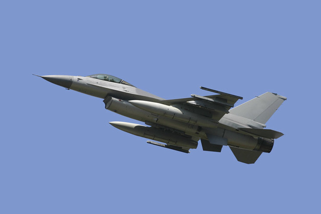 A fighter jet pilot was killed when his F-16, similar to the one shown here, crashed into the Gulf of Mexico on Thursday. (Thinkstock)