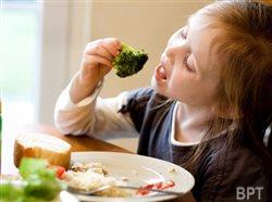 What parents feed baby can have long-term impact