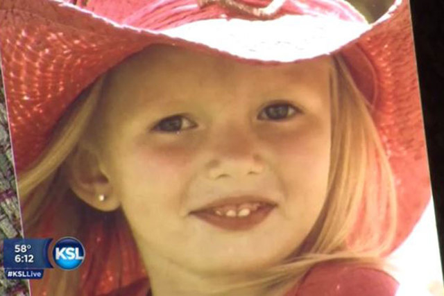With the chance she may live only another year, Addie Fausett's grandparents thought it would be nice for the 6-year-old to receive a lifetime of Christmas cards this year. (Screengrab/KSL)