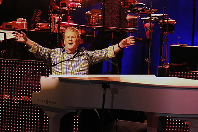 Brian Wilson performs in concert at The Greek Theatre on Sunday, Oct. 20, 2013, in Los Angeles. (Photo by Alexandra Wyman/Invision/AP)