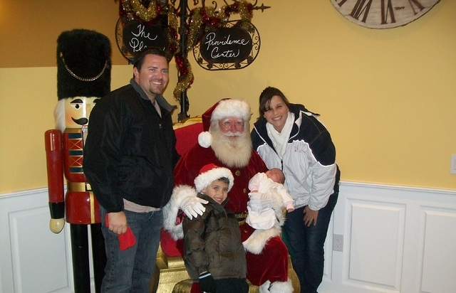 "PHOTO CAPTIONS: Family with Santa:  Santa Clause, characters from Disney's ""Frozen,"" and the Grinch will be available for photos at today's free Hometown Holidays event at Knickerbocker Pa ..."