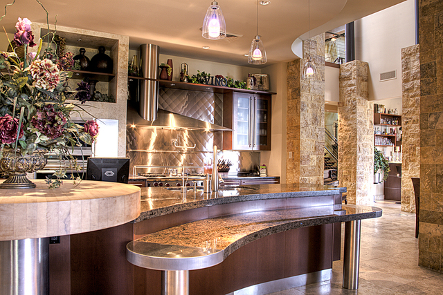 The 4 Greeley Club Trail in Henderson's Anthem Country Club has a kitchen that blends modern and traditional design. (Courtesy Photo)