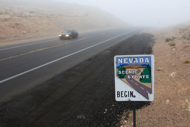 Traffic travels through the fog along SR160 Wednesday, Dec. 3, 2014. (Sam Morris/Las Vegas Review-Journal)