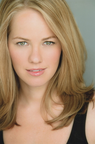 """Singer Kristen Hertzenberg collaborates with pianist Philip Fortenberry on """"Holidays From the Heart"""" Dec. 13 at The Smith Center's Cabaret Jazz. Courtesy photo."""
