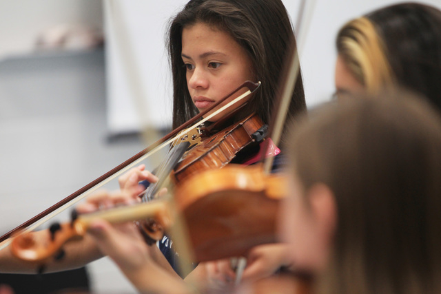 Alyssa Ounphonchareune played violin during a chamber orchestra class at Shadow Ridge High School Thursday, Nov. 20, 2014. (Sam Morris/Las Vegas Review-Journal)