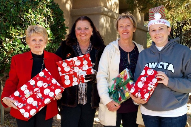 Linda Givens, from left, Judy Beal, Debbie Levy and Miriya Julian (Marian Umhoefer/Las Vegas Review-Journal)