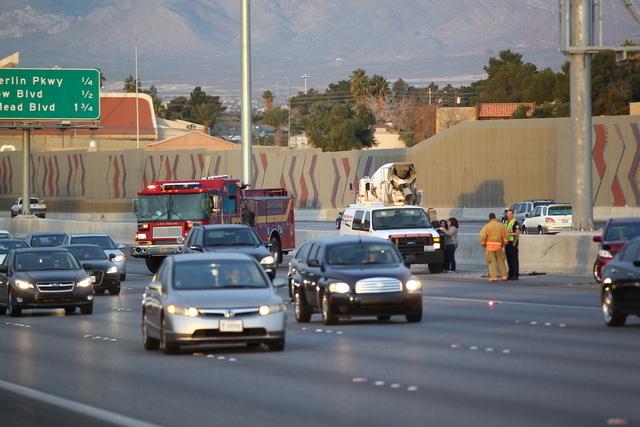 A multivehicle wreck on southbound U.S. Highway 95 near Jones Boulevard Tuesday morning, Jan. 20, 2015, has shut down the carpool lane. (Chase Stevens/Las Vegas Review-Journal)
