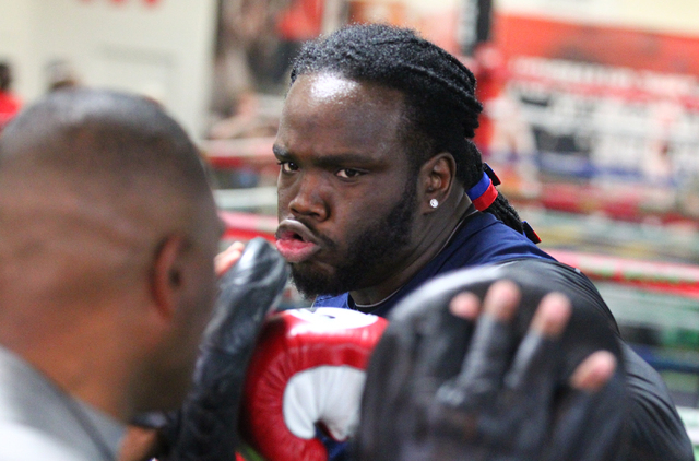 Boxer Bermane Stiverne works out with his trainer Don House at Mayweather Boxing Club in Las Vegas on Friday, May 2, 2014. (Chase Stevens/Las Vegas Review-Journal)