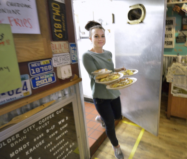 Waitress Megan Gudmundsen takes orders to customers at the Coffee Cup Cafe at 512 Nevada Highway in Boulder City on Saturday, Jan. 24, 2015. (Bill Hughes/Las Vegas Review-Journal)