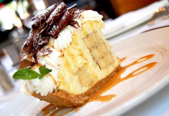 Emeril's banana cream pie, Table 10, Emeril's New Orleans Fish House and Lagasse's Stadium (Courtesy)