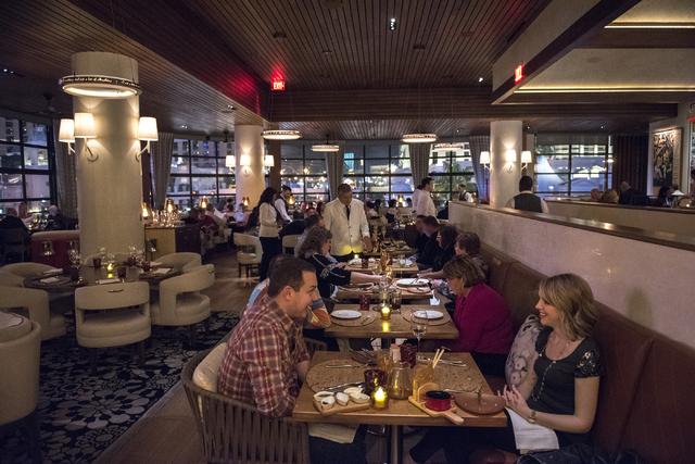 Customers dine inside Giada De Laurentiis Las Vegas restaurant GIADA inside the Cromwell hotel-casino on Wednesday Nov. 26, 2014. (Martin S. Fuentes/Las Vegas Review-Journal)