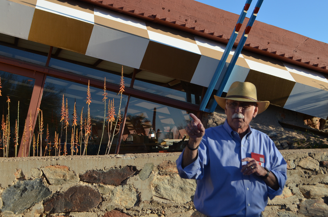 Taliesin West tour guide Bruce Cash explains that the Scottsdale, Ariz., landmark is unlike any of Frank Lloyd Wright's other creations. (Ginger Meurer/Las Vegas Review-Journal)