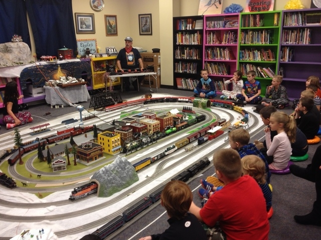 Second-graders listen during a special train week class taught by art teacher Larry McKnight at Somerset Academy of Las Vegas, 7038 Sky Pointe Drive, Friday, Dec. 19, 2014. (Sandy Lopez/View)
