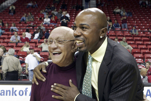 Greg Anthony, right, is seen with former UNLV coach Jerry Tarkanian in 2006 at the Thomas & Mack Center. (Las Vegas Review-Journal file)