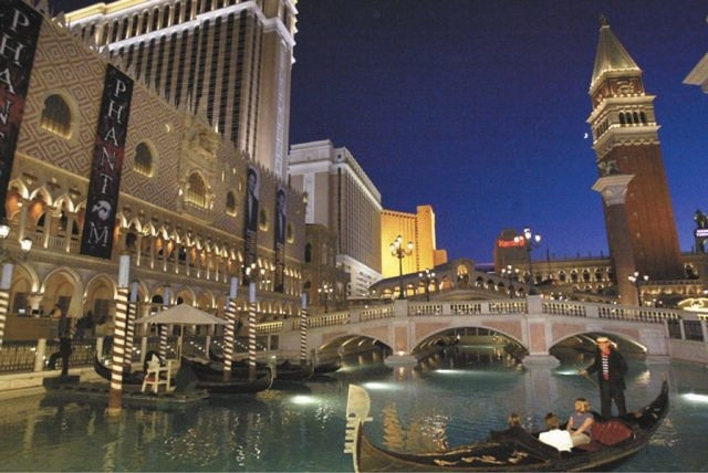 The Venetian Resort-Hotel-Casino on Oct. 27, 2006. (JANE KALINOWSKY/REVIEW-JOURNAL)