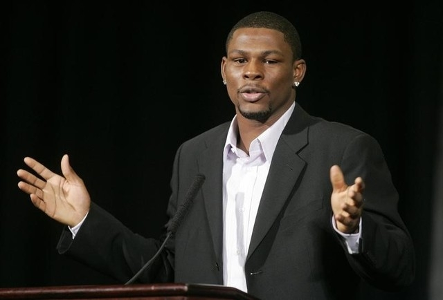 Jermain Taylor, of Arkansas, speaks during a news conference at the MGM Grand hotel in Las Vegas, Nevada February 13, 2008. (REUTERS/Las Vegas Sun/Steve Marcus)