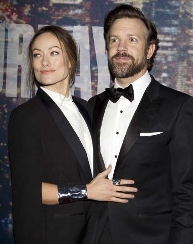 Actors Olivia Wilde and partner Jason Sudeikis arrive for the 40th Anniversary Saturday Night Live (SNL) broadcast in the Manhattan Borough of New York, February 15, 2015. (REUTERS/Carlo Allegri)