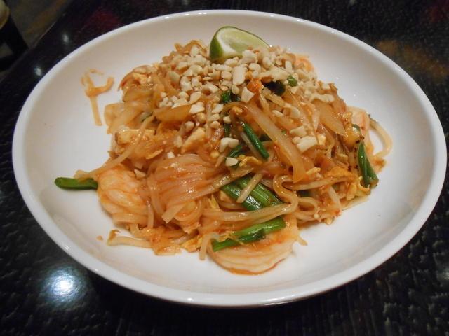 The pad Thai noodle bowl is shown at 8 Noodle Bar. (Jan Hogan/View)