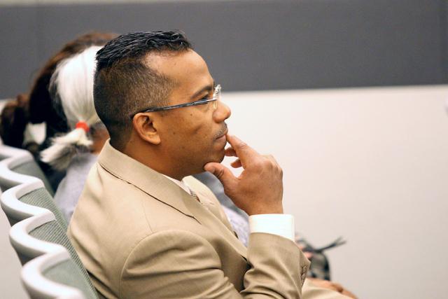 Former Democratic Assemblyman Steven Brooks awaits sentencing before Judge Kerry Earley at the Regional Justice Center, Jan, 6, 2014. (Michael Quine/Las Vegas Review-Journal)