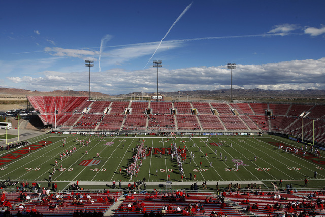 UNLV and New Mexico prepare to face off before their Mountain West Conference game Saturday, Nov. 1, 2014 at Sam Boyd Stadium. (Sam Morris/Las Vegas Review-Journal)