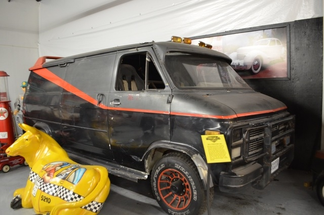 """""""I pity the fool that left a big gold chain necklace inside… finders keepers!"""" reads the museum plaque on the """"The A-Team"""" stunt van at the Hollywood Car Museum. (Ginger Meurer/View)"""