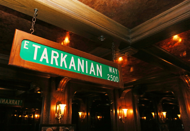 A sign is posted in a dining room dedicated to Jerry Tarkanian at Piero's Italian Cuisine Monday, Feb. 16, 2015, in Las Vegas. Restaurant owner Freddie Glusman welcomed Tarkanian friends and fan ...