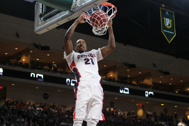 Gonzaga's Eric McClellan (21) dunks the ball against Pepperdine in the West Coast Conference Basketball Championships semifinal game at the Orleans Arena in Las Vegas Monday, Mach 9, 2015. Gonzaga ...