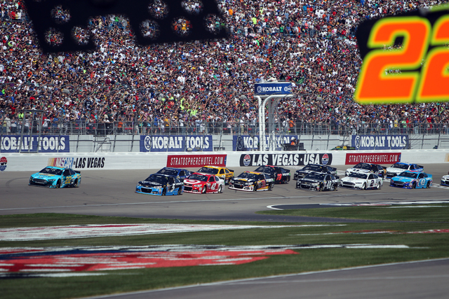 Joey Logano (22) runs ahead of the pack at the start of the NASCAR Sprint Cup Series Kobalt 400 race at the Las Vegas Motor Speedway on Sunday, March 8, 2015. (Erik Verduzco/Las Vegas Review-Journal)