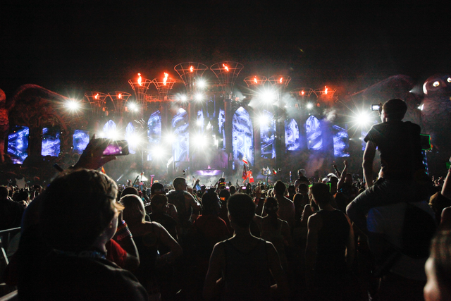Attendees watch Matt Zo perform the Kinetic Field stage at Electric Daisy Carnival at the Las Vegas Motor Speedway in Las Vegas on Sunday, June 22, 2014. (Chase Stevens/Las Vegas Review-Journal)
