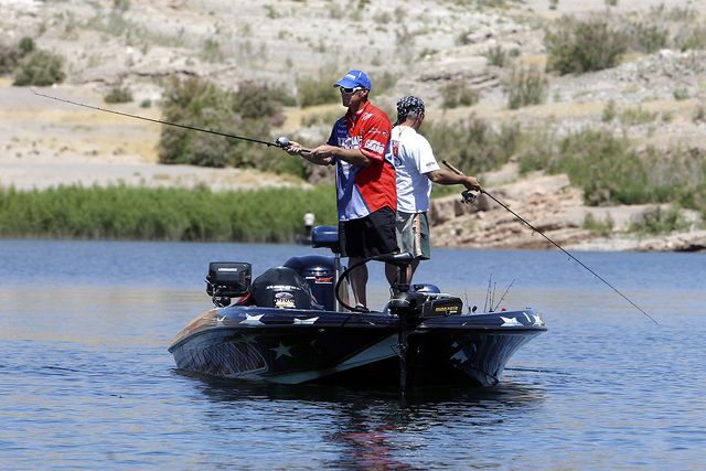 Local bass fishing pro Tim Klinger fishes Lake Mead in 2010. (Las Vegas Review-Journal file photo)