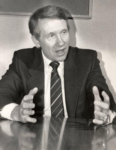 U.S. Rep. Harry Reid, D-Nev., speaks during an event in Las Vegas, Aug. 14, 1987. Reid is running for the seat held by two-term U.S. Sen. Paul Laxalt, R-Nev., who is retiring. (Gary Thompson/Las V ...
