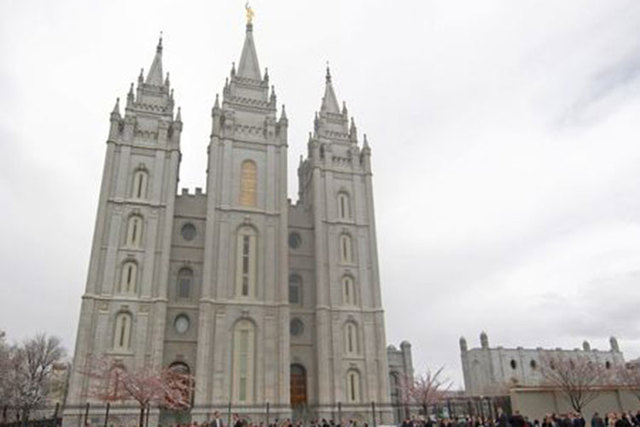 Mormon Salt Lake Temple (Reuters/George Frey)