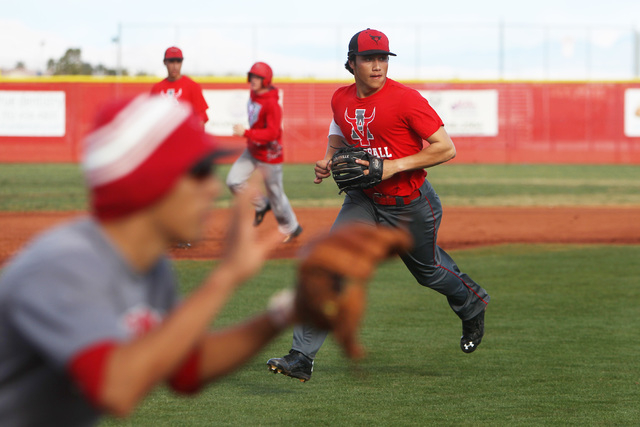 Arbor View short stop Nick Quintana takes part in a run down drill during practice Tuesday, March 3, 2015. (Sam Morris/Las Vegas Review-Journal)