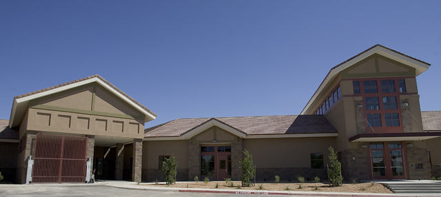 RJ FILE*** LOCAL - Rawson-Neal Psychiatric Hospital at 1650 Community College Drive is shown Friday afternoon, June 16, 2006.  The new Mental Health hospital is expected to open July 24.  CLINT KA ...