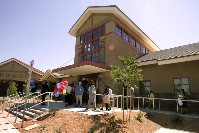 An exterior view of the new Rawson-Neal Psychiatric Hospital at Jones Boulevard and Oakey Boulevard in Las Vegas, is shown Monday, Aug. 28, 2006, as visitors arrive for the Grand Opening of the fa ...