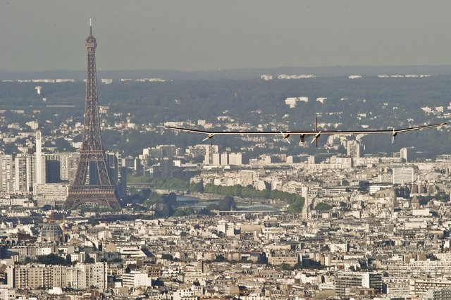 The Solar Impulse soars high above the streets of Paris in 2012. (Solar Impulse/CNN)