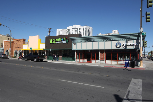 New restaurants, from left, Zydeco Po-Boys, Vegenation and Glutton join the existing barber shop, A Cut Above the Rest, second from left, in the old Sears building in downtown Las Vegas Thursday,  ...