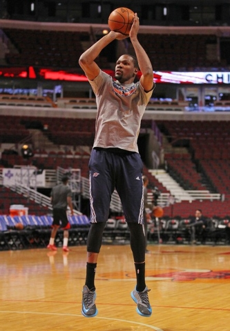 Mar 5, 2015; Chicago, IL, USA; Oklahoma City Thunder forward Kevin Durant (35) warms up prior to a game against the Chicago Bulls at the United Center. (Dennis Wierzbicki-USA TODAY Sports)