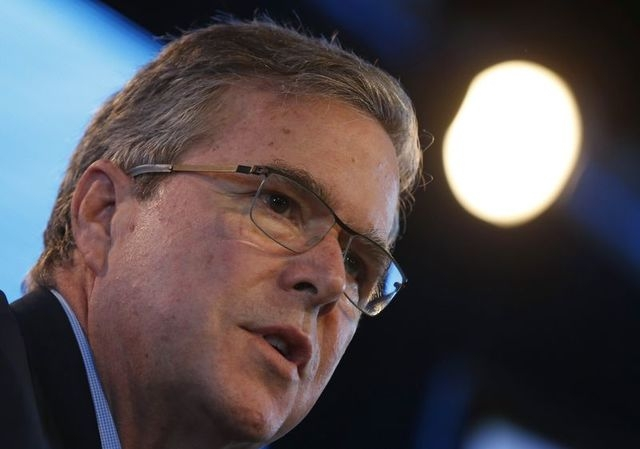 Former Governor of Florida Jeb Bush speaks at the Iowa Agriculture Summit in Des Moines, Iowa,  March 7, 2015.   (REUTERS/Jim Young )