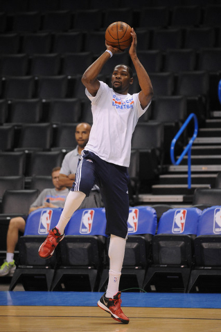 Mar 11, 2015; Oklahoma City, OK, USA; Oklahoma City Thunder forward Kevin Durant (35) warms up prior to the game against the Los Angeles Clippers at Chesapeake Energy Arena. (Mark D. Smith-USA TOD ...