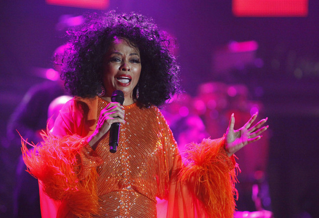 U.S. singer Diana Ross performs on the final day of the 21st Annual St. Lucia Jazz festival at Pigeon Island National Landmark, May 13, 2012. (Andrea De Silva/Reuters)