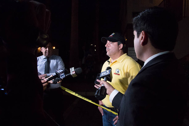 Metro homicide detective Lt. Ray Steiber gives details on two juveniles who died in a vehicle fire at the Arcadia Palms apartment complex, 3655 E. Sahara Ave., Saturday, April 4, 2015. (Ricardo To ...