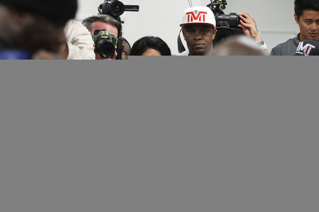 Rapper Lil' Kim watches Floyd Mayweather during his media workout Tuesday, April 14, 2015, in advance of his May 2nd fight against Manny Pacquiao. (Sam Morris/Las Vegas Review-Journal) Follow Sam  ...