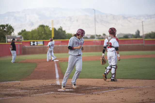 Desert Oasis Bryson Stott (10) scores a run against Arbor View during their baseball game at Arbor View High School in Las Vegas on Wednesday, April 22, 2015. (Martin S. Fuentes/Las Vegas Review-J ...