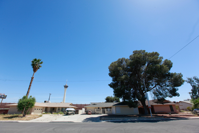 Homes are seen along Loch Lomond Way in Las Vegas on Monday, April 13, 2015. Homes on the east side of the street abut Interstate 15, which would be widened as part of the $1.5 billion Project Neo ...