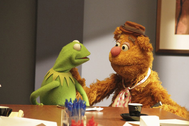 The Muppets are back in an all-new TV show headed to ABC this fall. The first trailer for the sitcom gives us an idea of the premise as well as a heads up that this is for grown ups.