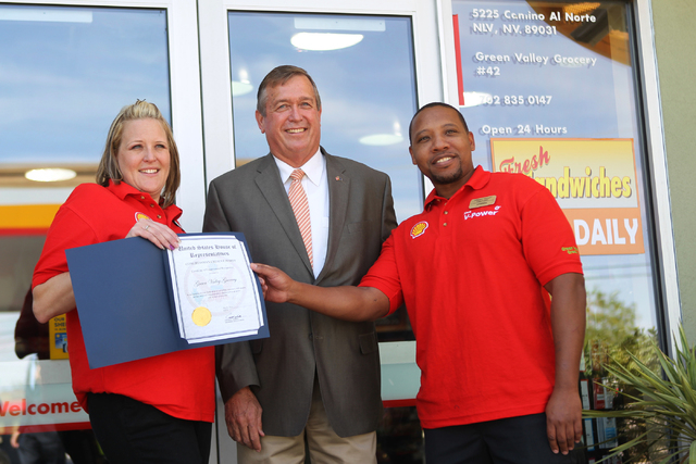 U.S. Rep. Cresent Hardy, R-Nev., center, poses with store managers Emily Dages, left, and Sammie Hooper, at the Green Valley Grocery, 5225 Camino Al Norte, in North Las Vegas  Wednesday, May 6, 20 ...