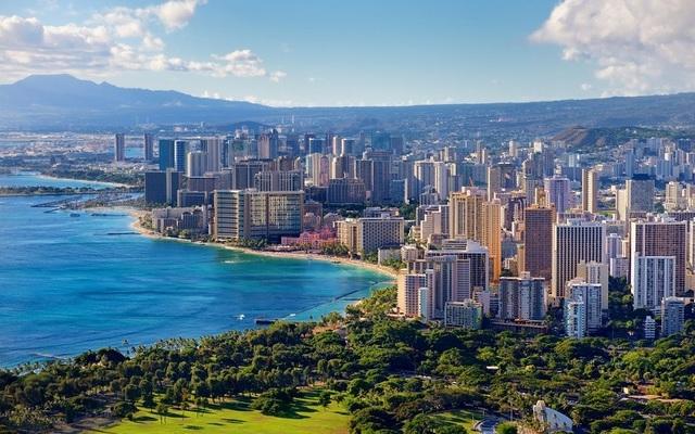 Honolulu (Courtesy)