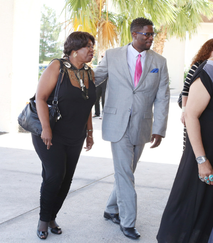 B.B. King's daughter Shirley King and her son Patrick Johnson arrive at Palm Mortuary Downtown on 1325 North Main St., to attend B.B. King's memorial service on Saturday, May 23, 2015. (Bizuayehu  ...